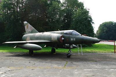 BAF_Mirage-5BR_BR10_EBBE_20061011_CRW_6993_RT8_WVB_1200px