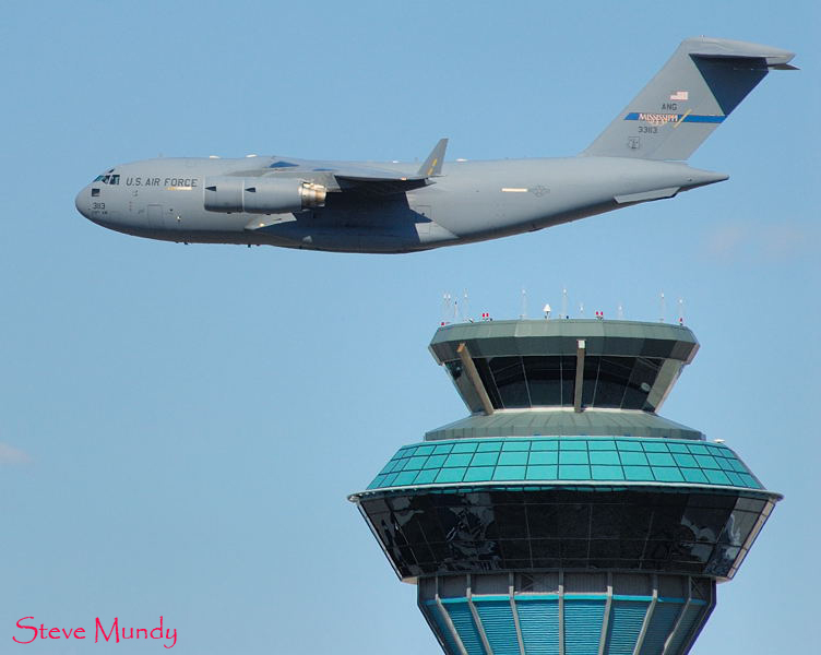 C17 - Globemaster - Mississippi Air National Guard<br /> Buzzing the tower at YYZ.