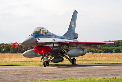 Rarely seen outside of Norway, this Norwegian Air Force F-16AM (686, cn 6K-58) with special c/s to celebrate 100 years of Norwegian Airpower (Luchtmachtdagen 2013).