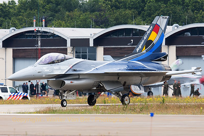 Belgian Air Force F-16AM Solo Display (FA-84, cn6H-84), taxiing out to the active runway, during the Spottersday at Gilze-Rijen Air Base (Luchtmachtdagen 2014).