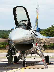 "The Belgian Air Force demo F-16AM (FA-84; cn6H-84), ready to ""rock & roll"", just waiting for the pilot, on the flight-line at BA133 (Nancy-Ochey) prior to another amazing display."