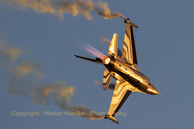 "Belgian Air Force F-16 Solo Display (FA-123; cn6H-123), piloted by Cdt Tom ""Gizmo"" de Moortel, in action above Leopoldsburg during the Sunset Air Show 2016 at Sanicole."