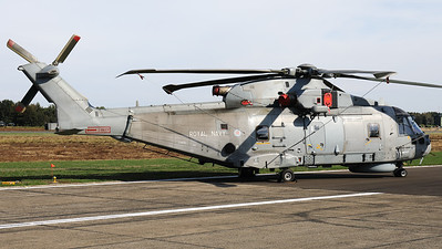 A Royal Navy Merlin HM2 (ZH851; cn50127/RN31/MCSP22) from  RNAS Culdrose (EGDR) was also present in the static during the Belgian Air Force days 2018 at Kleine Brogel.