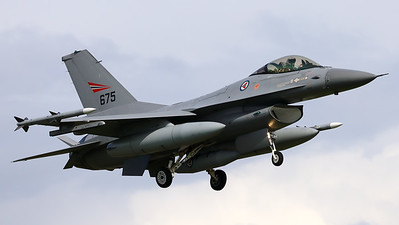 """This Royal Norwegian Air Force F-16AM (675; 6K-47) of 331 skv, is seen here on final for Volkel's RWY24R, during the arrival-day prior to the """"Luchtmachtdagen 2019"""" at Volkel Air Base."""