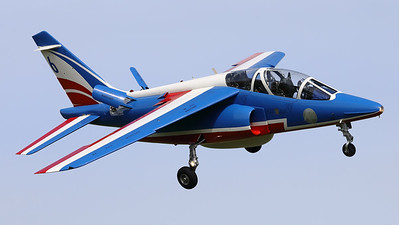 """The number """"6"""" of the"""" Patrouille de France"""", an Alpha Jet E (F-TELP; 6; E129), is seen here turning final at Volkel AFB, during the arrival-day prior to the """"Luchtmachtdagen 2019""""."""