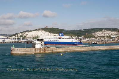 "Cleared to enter the port of Dover, while we can see ""Dunkerque Seaways"" manouvering in position."