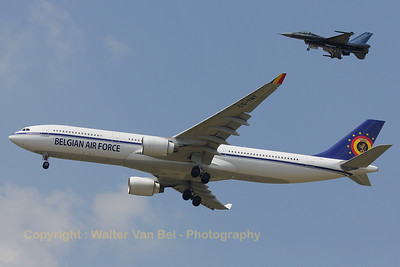 "The new transport aircraft from the Belgian Air Force, escorted by the solo-demo Viper ""Vortex"" (FA-110), at the Beauvechain Air Show 2010."