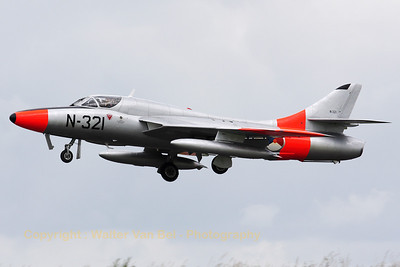 The Dutch Hawker Hunter Foundation's Hunter T8C (G-BWGL/N-321;cn:41H/695946) performs an overshoot on RWY26R, on the arrival day for the Florennes 2012 Airshow.