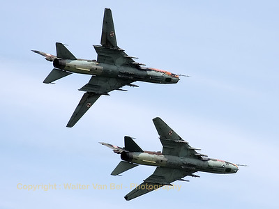A pair of Polish Air Force Su-22M4's, during their rehearsal for the Florennes Air Show 2012.