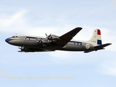 KLM_Douglas_DC-6_G-APSA_cn45497-995_EHLE_20070901_CRW_10112_RT8_WVB_1200px