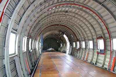 KLM_Douglas_DC-6_G-APSA_cn45497-995_cargo_EHLE_20070901_IMG_10261_RT8_WVB_1200px