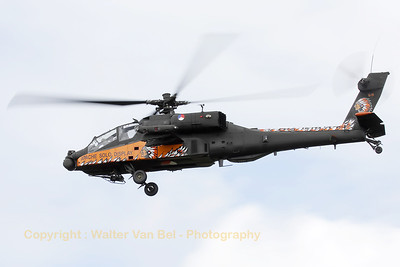 The 2010 Apache Solo Display, performing at its home-base (Luchtmachtdagen 2010 at Gilze-Rijen).
