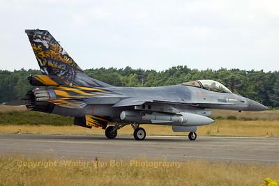 BAF_F-16AM_FA-94_EBBL_20050720_IMG_1755_WVB_1200px