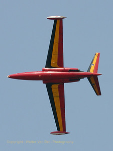 Fouga_Bottom_CRW_5869_WVB