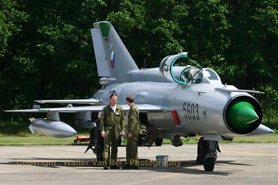 CzAF_MiG21MFN_5603_EBBL_20050608_IMG_1283_WVB_1200px