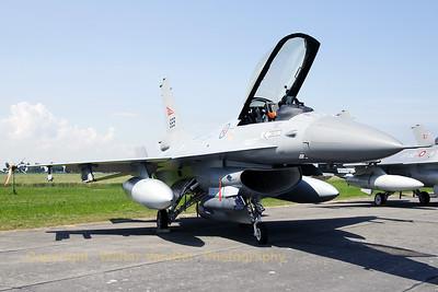 NoAF_F-16AM_669_6K-41_EBFN_20090704_CRW_12640_WVB_1200px