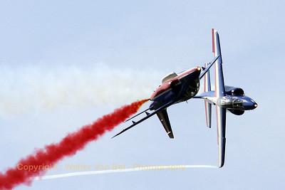 FAF_Patrouille-de-France_Alpha-Jet_E117-8_EBFN_20090704_IMG_9763_WVB_1200px