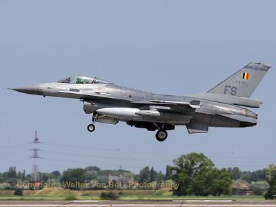 BAF_F-16AM_FA-71_FS_EBFN_20090703_IMG_8765_WVB_1200px