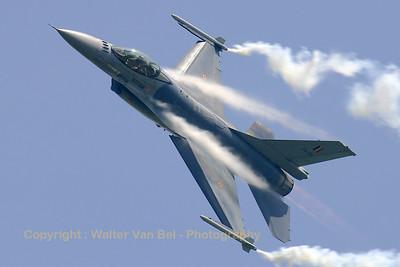 BAF_F-16AM_FA-126_EBFN_20060630_CRW_5090_RT8_WVB_1200px
