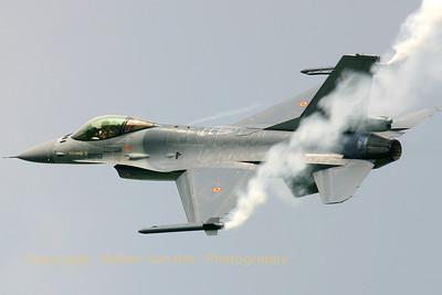 BAF_F-16AM_FA-131_EBFN_20060701_CRW_5437_RT8_WVB_1200px
