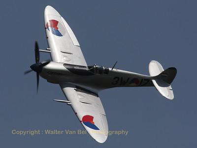 Warbird_Spitfire-mkIX_PH-OUQ_cn1732_3W-17_EBFN_20110705_IMG_31621_WVB_1200px