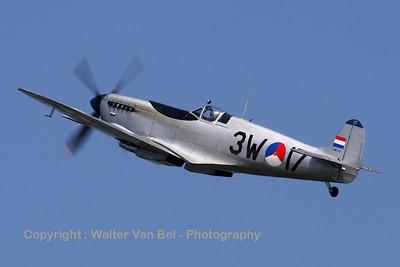 Warbird_Spitfire-mkIX_PH-OUQ_cn1732_3W-17_EBFN_20110705_IMG_31623_WVB_1200px_ed2