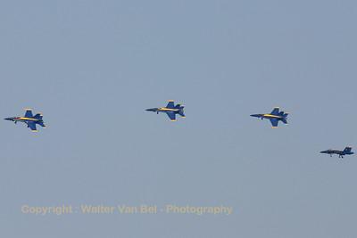 USNavy_Blue-Angels_4x_F-18A_161967_EHLW_20060612_CRW_4707_RT8_WVB_1600px
