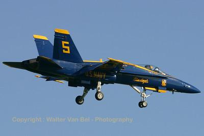 USNavy_Blue-Angels_F-18A_162897_EHLW_20060612_CRW_4718_RT8_WVB_1024px