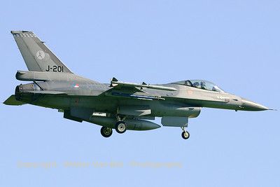 Royal Netherlands Air Force F-16AM (J-201 ;cn 6D-108)  returning from a FWIT-sortie at Leeuwarden AFB. Note that the squadron badge on the tail fin has recently been changed (322sq -> 323sq).