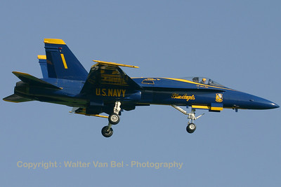 USNavy_Blue-Angels_F-18A_161967_EHLW_20060612_CRW_4708_RT8_WVB_1200px_extraUSM
