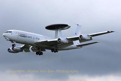 NATO_E-3A_LX-N90459_cn22854_EHLW_20080619_IMG_1865_WVB_1200px