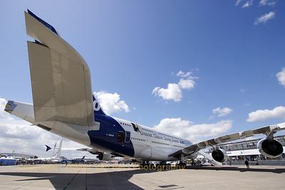 Airbus-Industrie_A380-841_F-WWOW_cn001_LFPB_20090619_CRW_12470_WVB_1200px