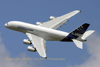 Airbus-Industrie_A380-841_F-WWDD_cn004_LFPB_20090619_IMG_8098_WVB_1200px