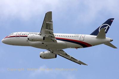 Sukhoi_Superjet-100-95_97003_LFPB_20090619_IMG_7985_WVB_1200px