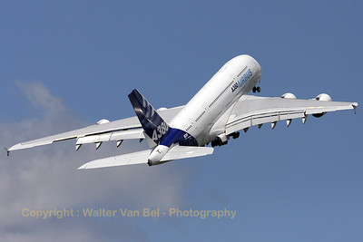 Airbus-Industrie_A380-841_F-WWDD_cn004_LFPB_20090619_IMG_8090_WVB_1200px