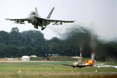 USA-NAVY_Super-Hornet_FA-18F_NE-101_VFA-2_cnxxx-F063_Scan-01_WVB_1200px