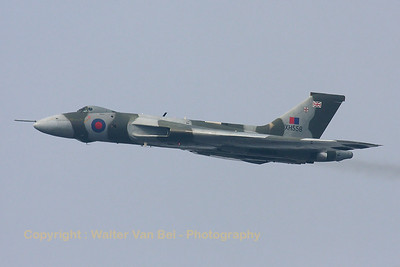 Avro698_Vulcan-B2_G-VLCN_XH558_cnSET12_EBLE_20090920_IMG_17309_WVB