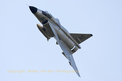 "The ""natural metal"" Saab Viggen ASJ37 (SE-DXN; cn37098) put up an amazing performance at the Sanicole-Airshow 2012."