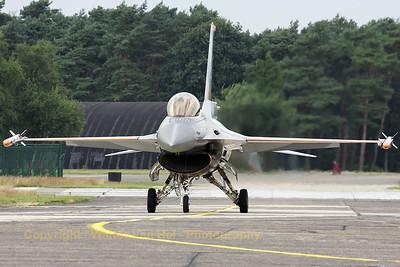 RNLAF_F-16AM_J-055_6D-138_EBBL_20080718_IMG_3236_WVB_1200px