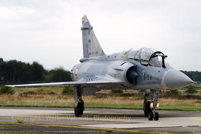 FAF_Mirage-2000B_522_5-OV_cn297_EC02-005_EBBL_20080718_CRW_11338_WVB_1200px