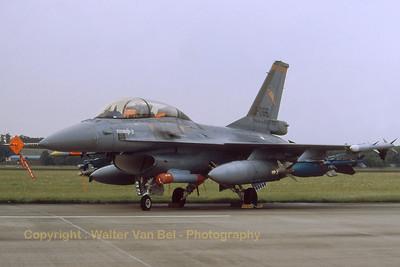 RNLAF_F-16BM_J-066_323sq_MLU-test_EHVK_SEPT2000_scan20070426_WVB_1200px