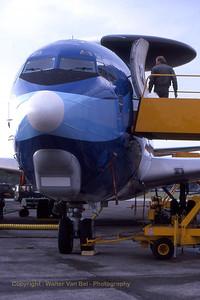 NATO_E-3A_nose_LX-N90442 _22855 _EHVK_SEPT2000_scan20070430_WVB_800px