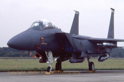 USAF_F-15E_91-0329_492ndFS_EHVK_SEPT2000_scan20070418_WVB_1200px