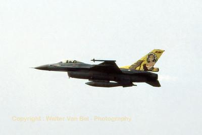 RNLAF_F-16A_J-248_323sq_EHVK_SEPT2000_scan20070425_WVB_1024px