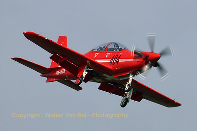 Pilatus_PC-21_HB-HZA_cn-P01_EHVK_20070614_CRW_8207_RT8_WVB_1200px