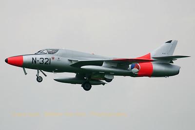 RNLAF_Hunter-T8C_N-321_G-BWGL_HawkerHunterFoundation_EHVK_20070614_CRW_8308_RT8_WVB_1200px