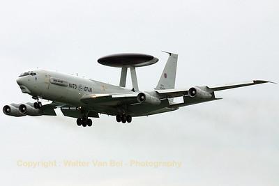 NATO_E-3A_LX-N90458_NAEW-CF_cn22853_ETNG_20070614_CRW_8330_RT8_WVB_1200px
