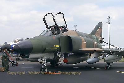 TuAF_F-4E_Phantom_66-0304_131-Filo_EGXW_20020629_P0003468_WVB