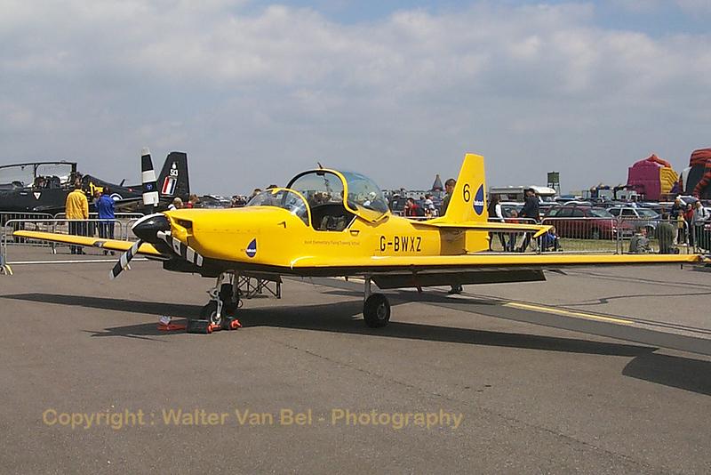 JEFTS_T67M_Firefly_G-BWXZ_EGXW_20020629_P0003478_WVB