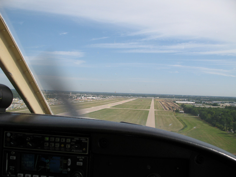 Landing on 36R. It only looks like a taxiway. It's a runway. Really.